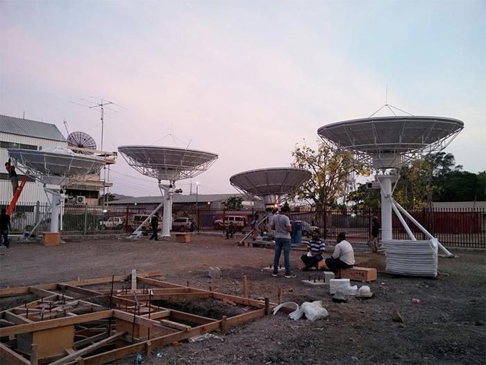 巴布亚新几内亚固定站天线安装案例