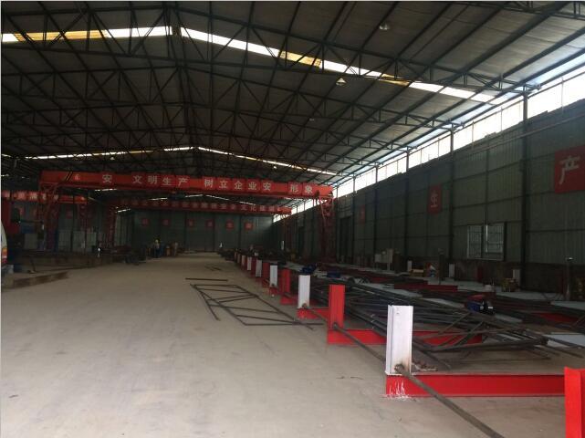 简阳市金利钢结构工程有限公司活动板房作业区