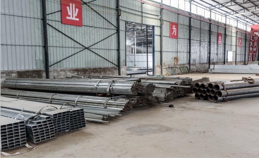 简阳市金利钢结构工程有限公司钢结构作业区
