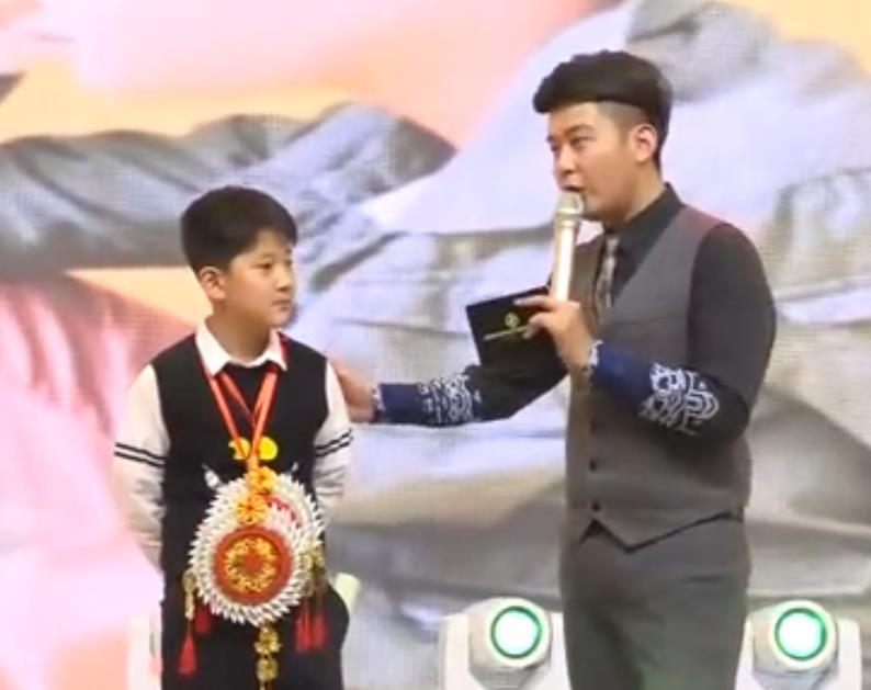 传奇中国-金十主持人-光楠