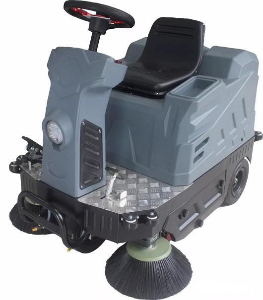 OS-V1小型驾驶式扫地车