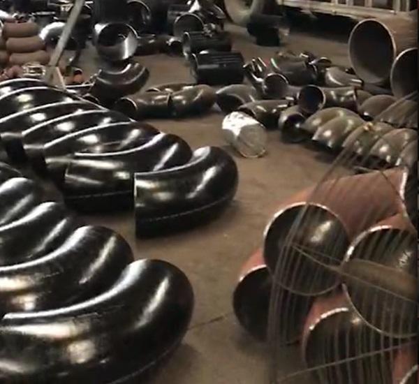 万博manbetx网站聚诚丰润管件厂房内部照片