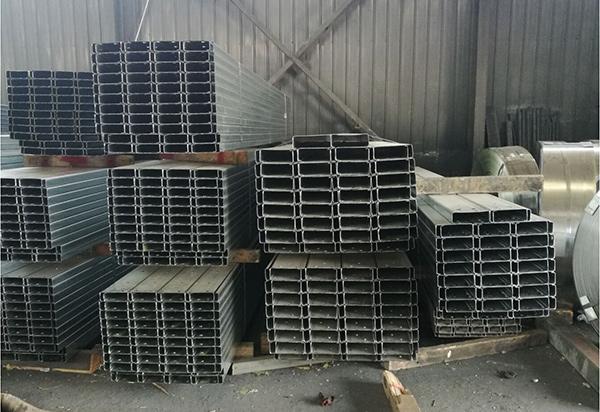 西安东林钢铁给大家带来C型钢的各种分类和特点