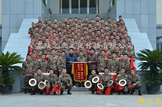 赴浙江台州某军区培训150名安塞腰鼓学员