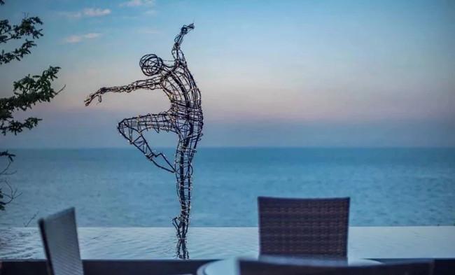 玻璃钢抽象造型雕塑案例展示