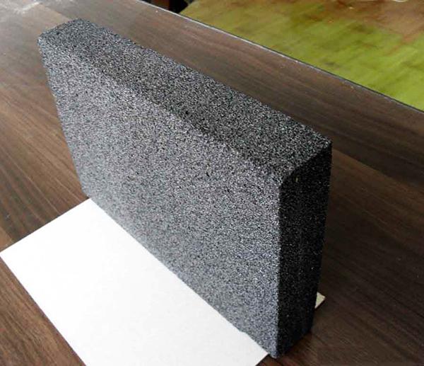 水泥发泡板给大工程建设带来很多方便?