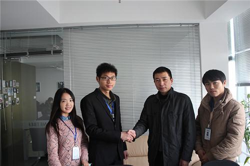 新疆翟总加盟我们河南空气能设备厂家