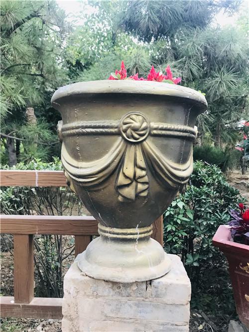 河南水泥花盆厂家
