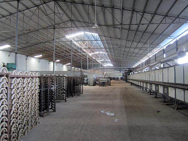 华凯新型建材厂房大,生产力强