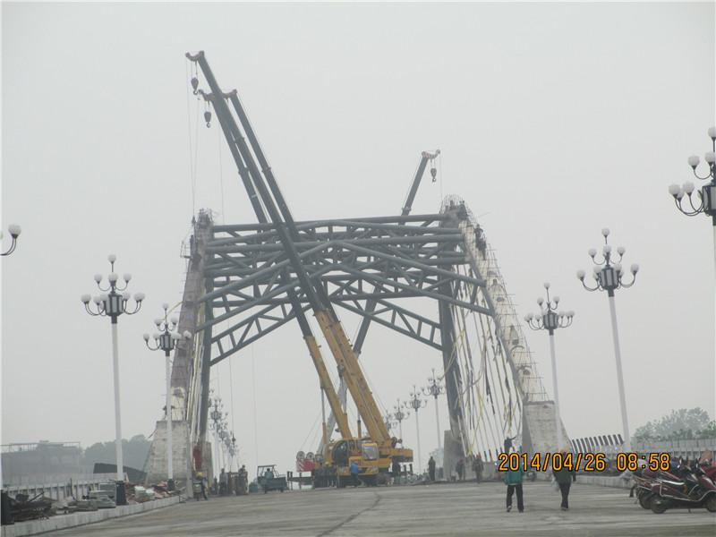 葛洲坝集团五公司宜昌市庙嘴 长江大桥工程项目经理部