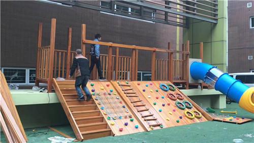 西幼儿园户外玩具安装效果展示