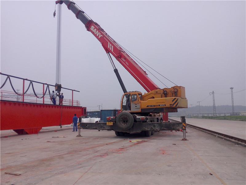 吊車吊裝作業