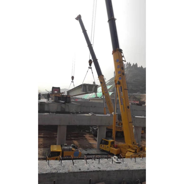 钢结构桥梁吊装
