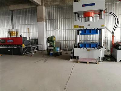 河南不锈钢水箱车间厂房的企业相册