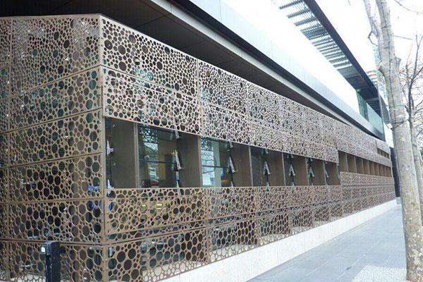 外牆裝飾沖孔網案例