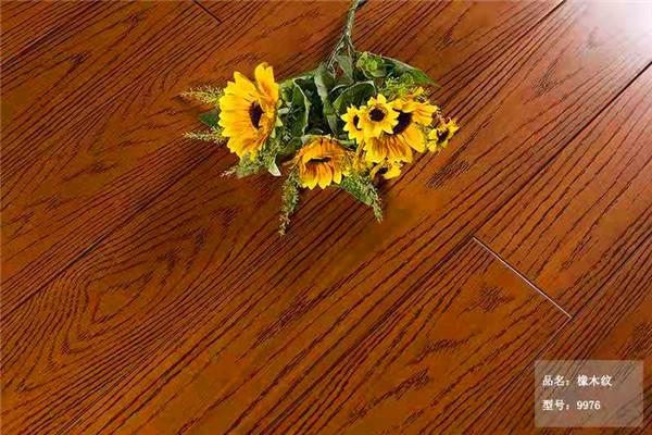 湖北地板—橡木纹