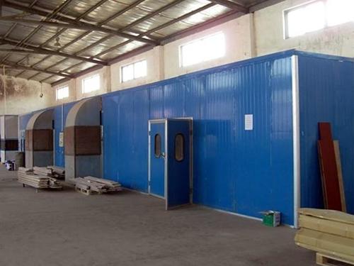 喷漆设备设备施工现场