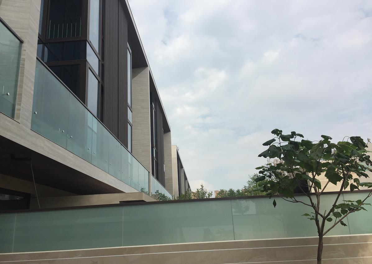 呼市断桥门窗工程——东河上的院子