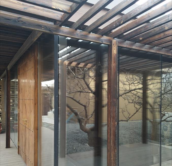 呼市断桥门窗工程——西贝农家院