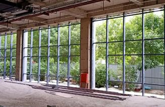 八方窗业发展大厦主楼幕墙工程