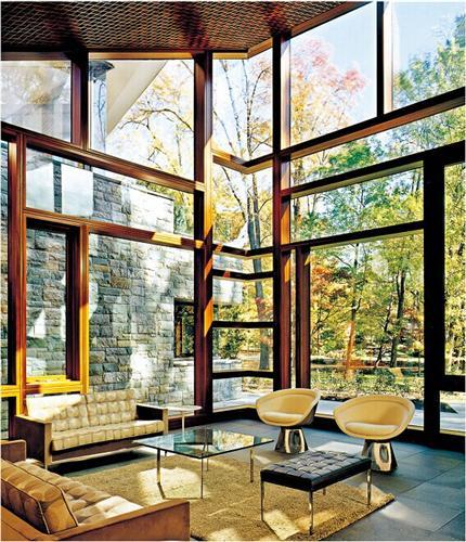 铝包木门窗出现油漆褪色怎么办?