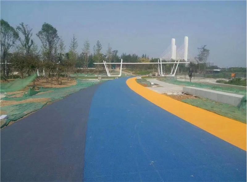 湖北斑斓-彩色沥青路面施工案例