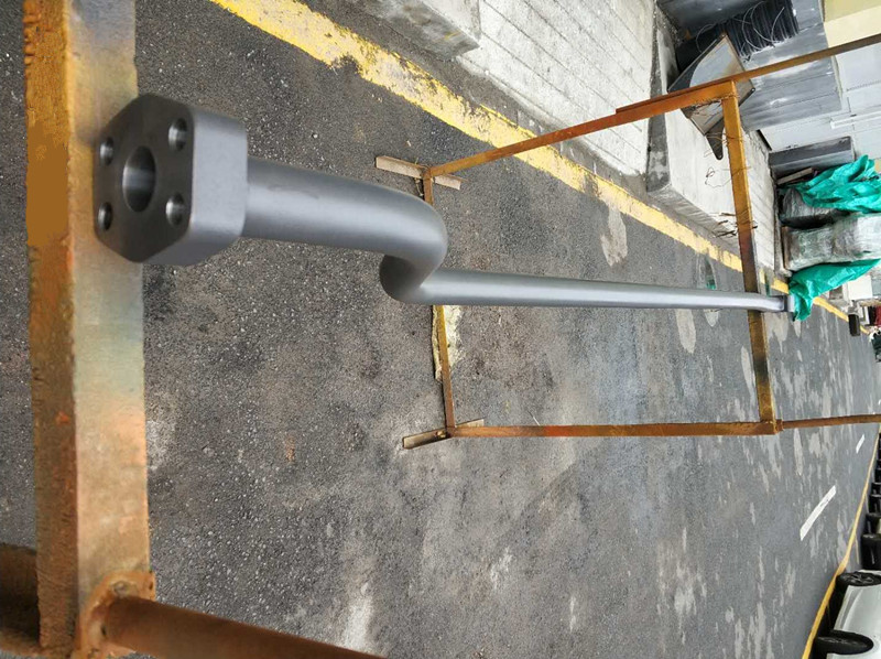 三一235中臂油缸铁管