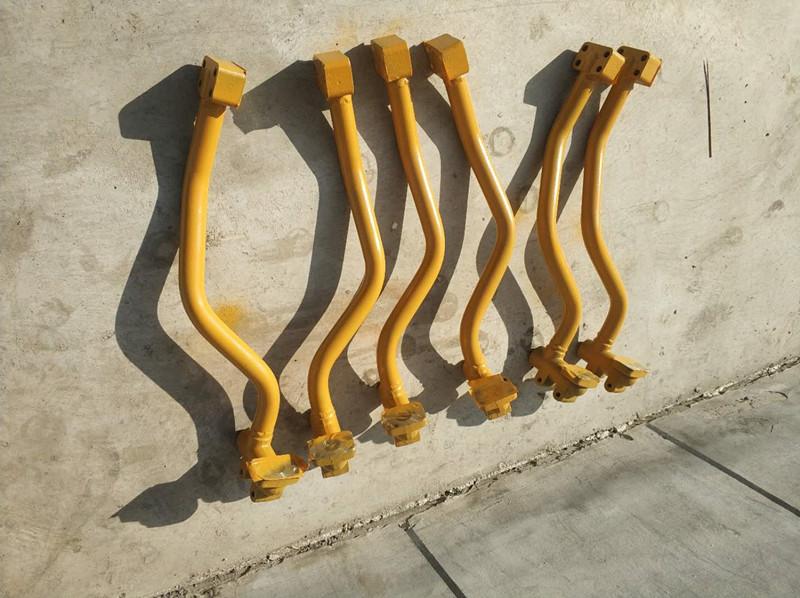 新疆挖掘机铁管-小松360大臂油缸铁管