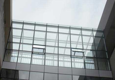 与东古楼锦泰榕城合作呼和浩特断桥铝门窗