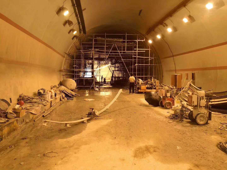 四川隧道二衬切割