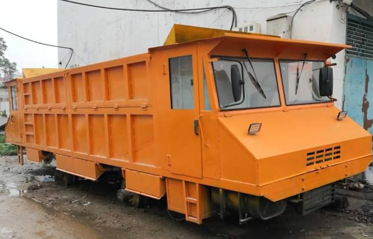 宇康建筑铁路老K车