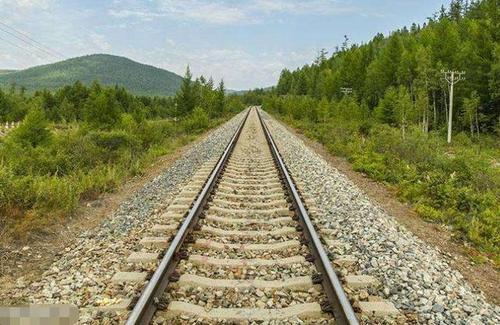 什么是铁路上砟?铁路上砟能起到什么作用?