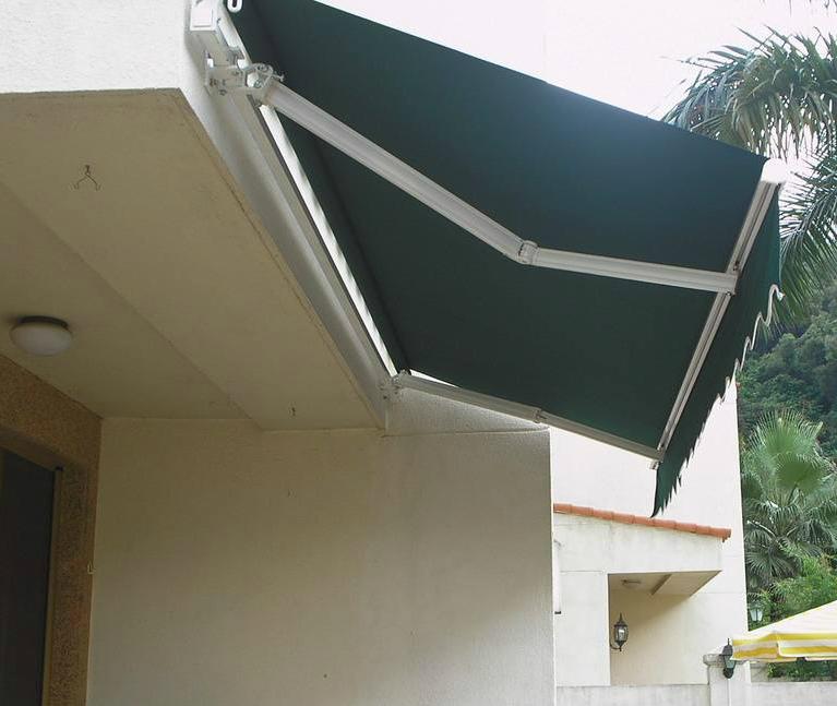 某居民房安装内乡电动伸缩篷