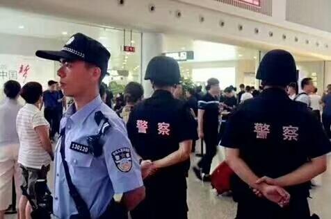 卓航卓铁襄阳武汉高铁动车乘务员