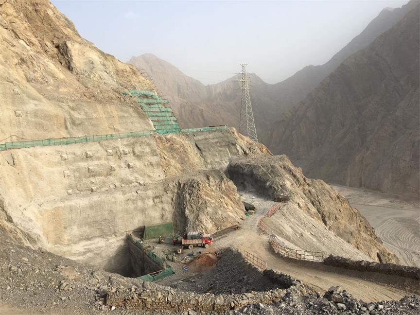 新疆喀什阿尔塔什水利枢纽工程