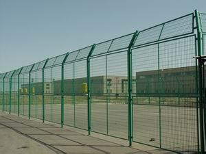 包头围栏厂家分享铁艺围栏的分类以及保养
