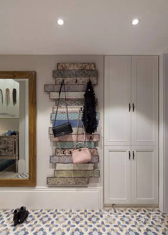 小花砖装饰玄关厨房卫生间,美出新高度