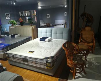 定制板式床