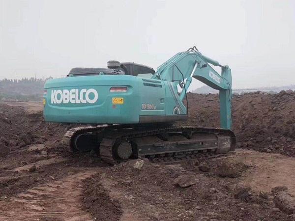 成都350挖掘机租赁