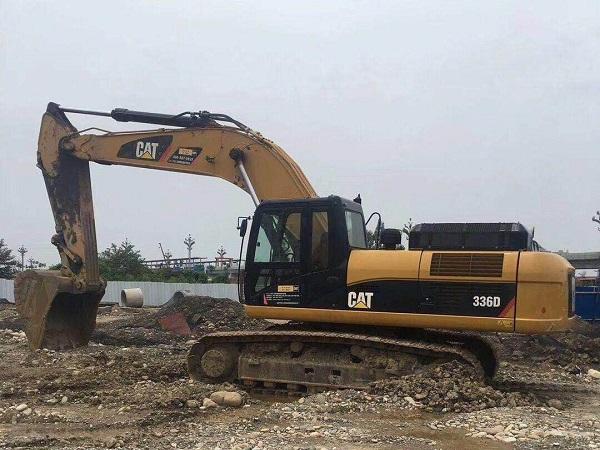 成都336挖掘机租赁