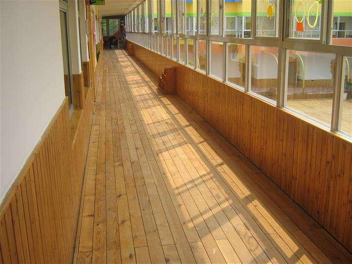 四川防腐木廠家為您介紹防腐木木材開裂的處理方法