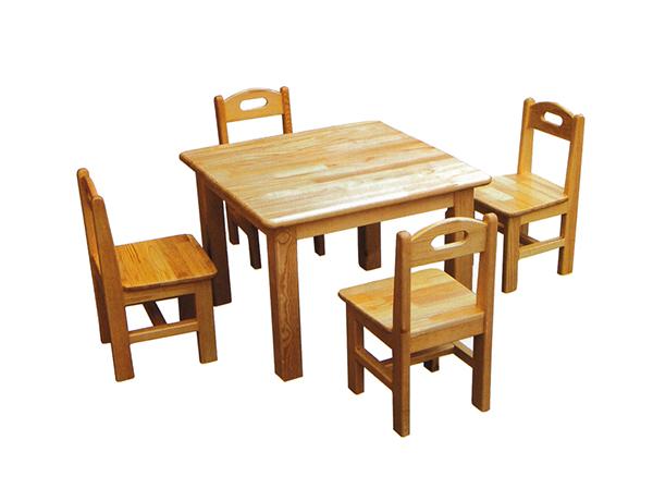 幼儿园桌椅的四个选择注意点