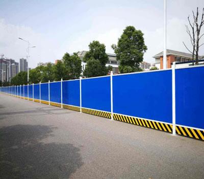 市政施工PVC围挡安装案例