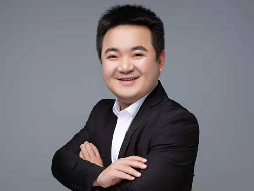 金牌设计师—李辰
