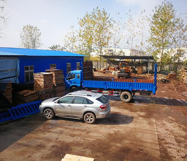 武汉实木托盘生产厂家