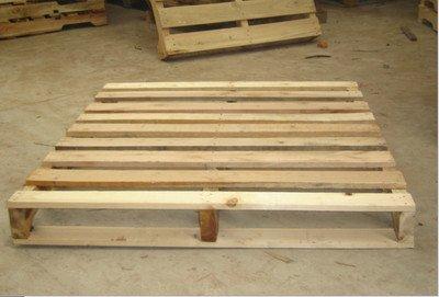 实木托盘虽看似构造简单,但实际非常耐用