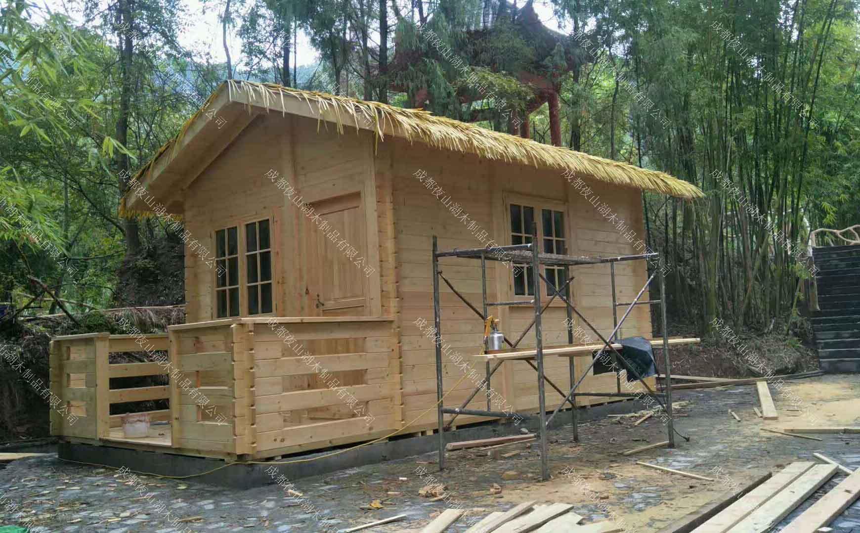成都防腐木木屋厂家为您详细介绍:木屋别墅为什么要选择防腐木?