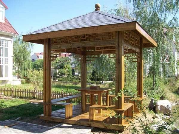关于成都防腐木凉亭的挑选注意事项有哪些?