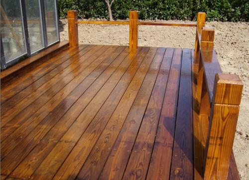 防腐木装修阳台露台要注意的问题