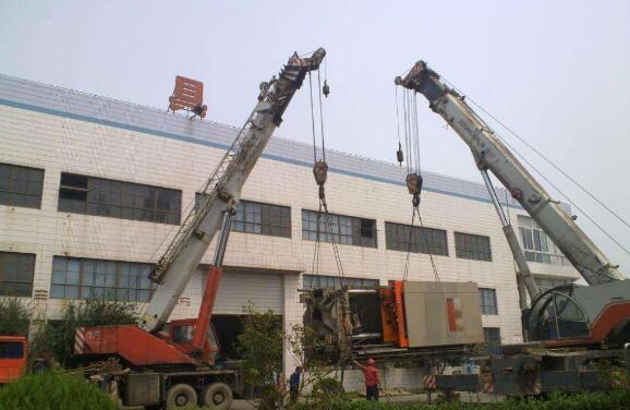 吊装设备在使用时禁止超载使用,成都起重吊装设备在使用前的必要性